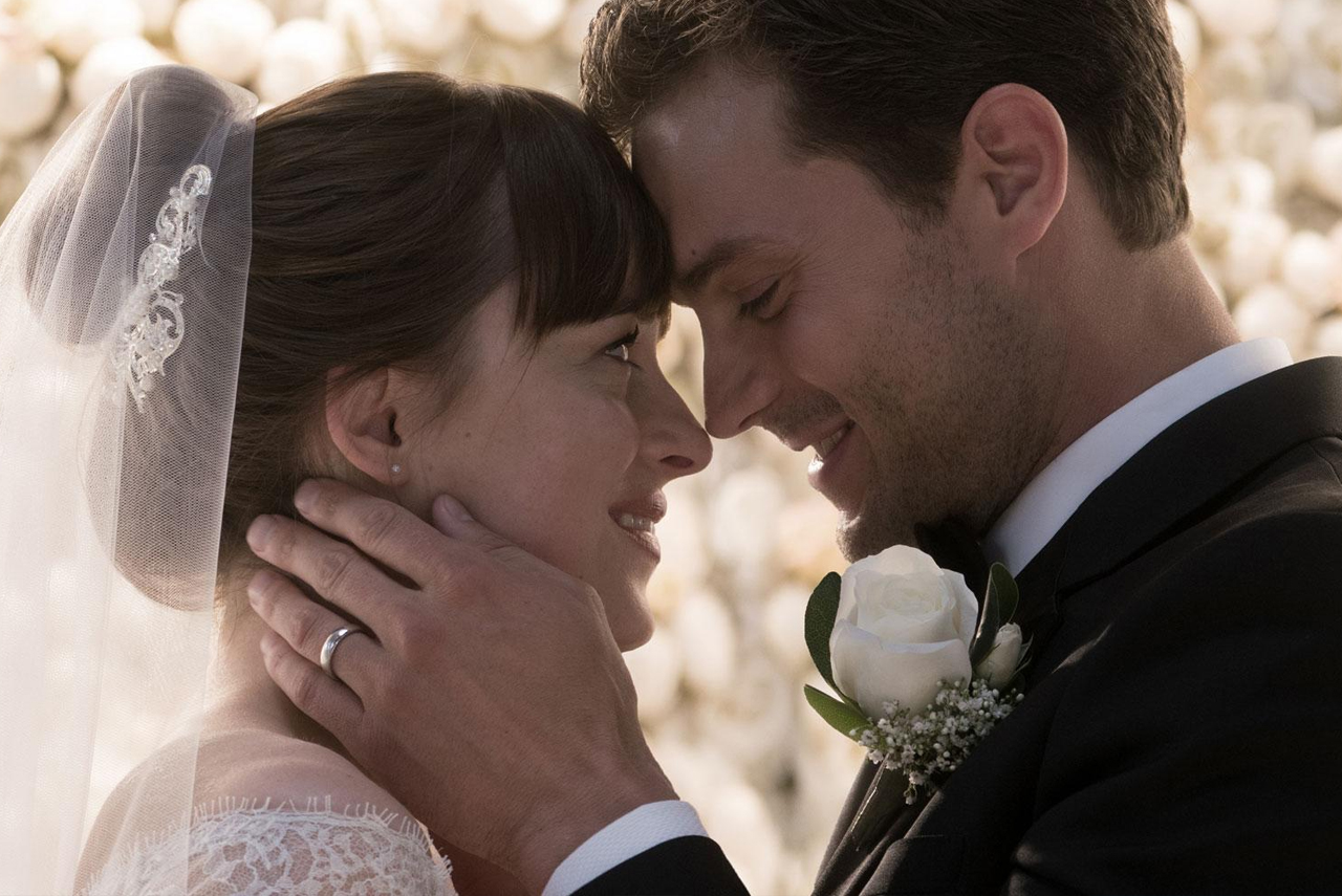 "Dakota Johnson und Jamie Dornan in ""50 Shades Freed"""
