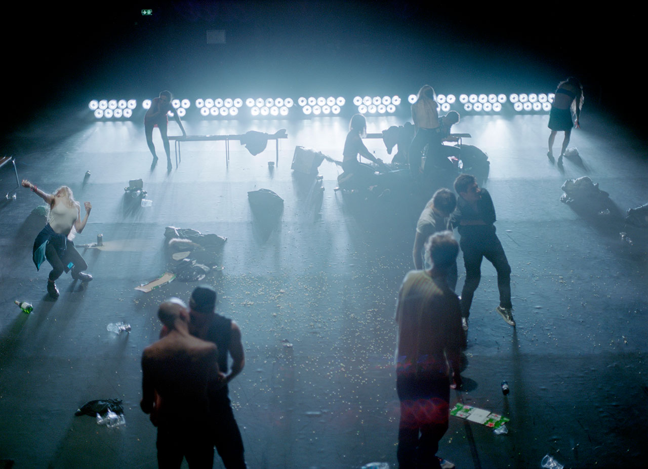 "Performance ""Crowd"" von Gisèle Vienne"