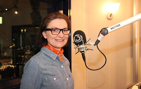 Kandidatin Eugenija im Studio