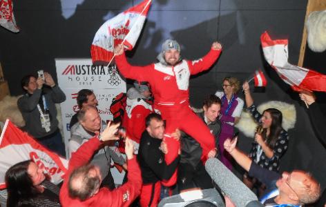 David Gleirscher feiert seinen Sieg