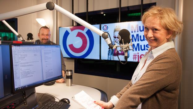 Elfriede Gerdenits und Robert Kratky lachen