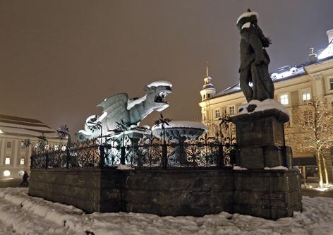 Klagenfurter Lindwurm im Schnee