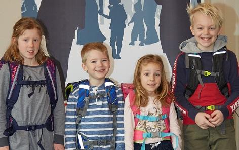 Die jungen Tester im AK-Schultaschentest