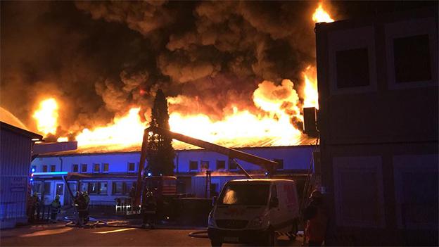 Großbrand in Villach bei 3M