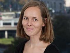 Porträtfoto der Historikerin Christina Wieder