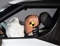Crashtestdummy mit Airbag
