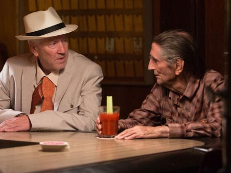 """Szene aus dem Film """"Lucky"""". Harry Dean Stanton mit David Lynch"""