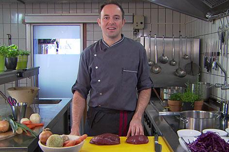 Markus  Steinschaden in der Küche