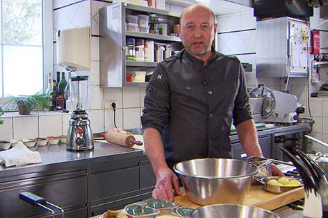 Robert Granitzer in der Küche