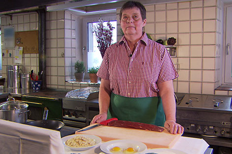 Monika Kranabetter in der Küche