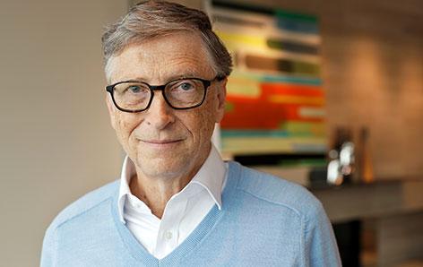 Bill Gates lacht