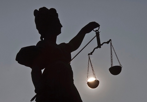Justitia mit Waage - Symbolfoto
