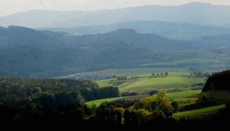 Geheimnisse zwischen tausend Hügeln  Streifzug durch Bucklige Welt und Wechselland