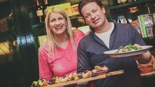 Jamie Oliver und Claudia Stöckl
