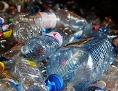 Plastikmüll: PET-Flaschen und andere Kunststoffe