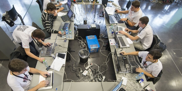 Teilnehmer bei der Cyber Security Challenge