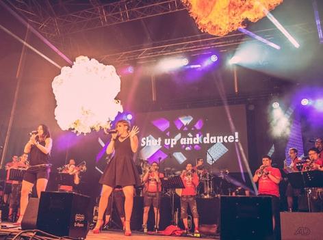 Woodstock der Blasmusik - Bühne Act Pro Solisty