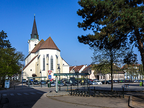 Kirchenplatz in Hollabrunn