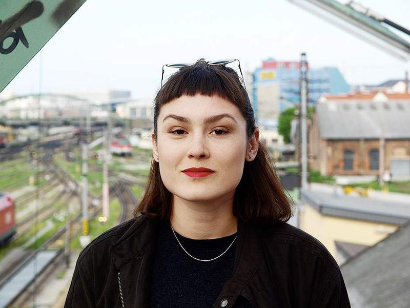 Autorin Bianca Jankovska
