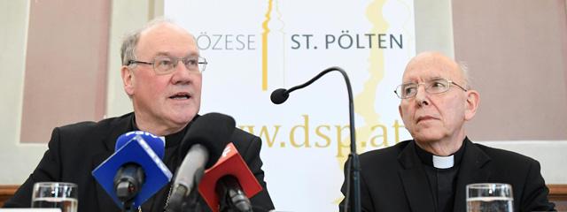 Der neue Diözesanbischof Alois Schwarz und sein Vorgänger Bischof Klaus Küng