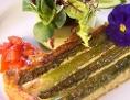 Spargel Käse Quiche auf Teller