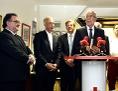 V.l.n.r   Michael Chalupka (Diakonie),  Michael Landau, (Caritas), Christian Moser (SOS Kinderdorf) und BP Van der Bellen während der Pressekonferenz im Henry Laden in Baden