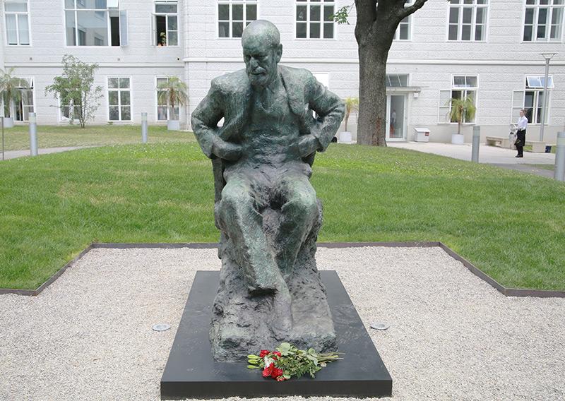 Die Statue in Wien