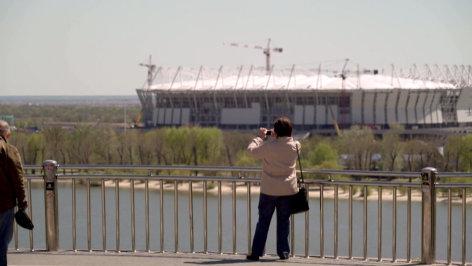 Im Brennpunkt  Fußball-WM 2018: Putin, Russland & die FIFA  Originaltitel: Putin, FIFA and the Confed-Cup
