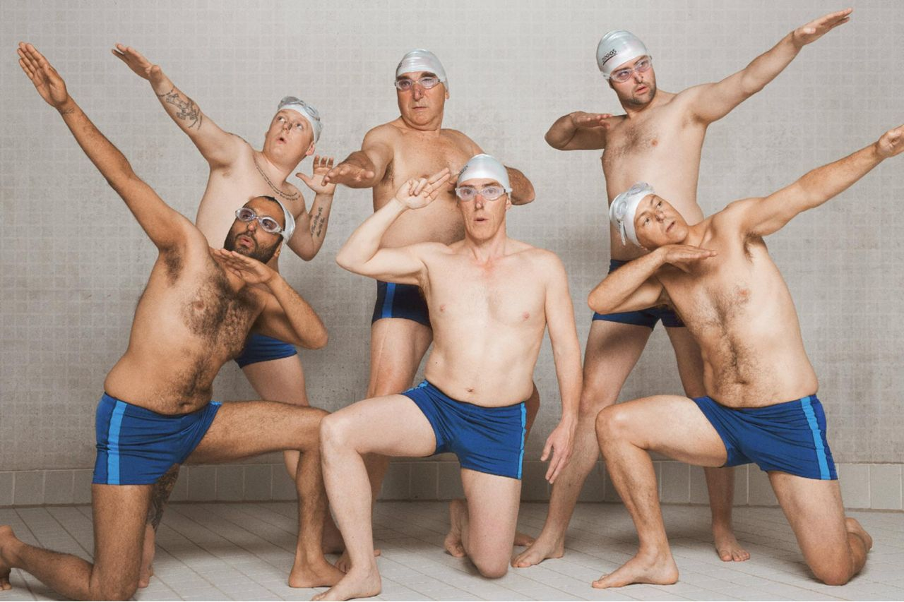 "szenenbild ""Swimming with men"""