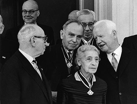 Ehrung von Wissenschaftlern im Jahr 1963 - u.a. mit Lise Meitner und Otto Hahn