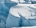 Gletscherspalten in der Antarktis