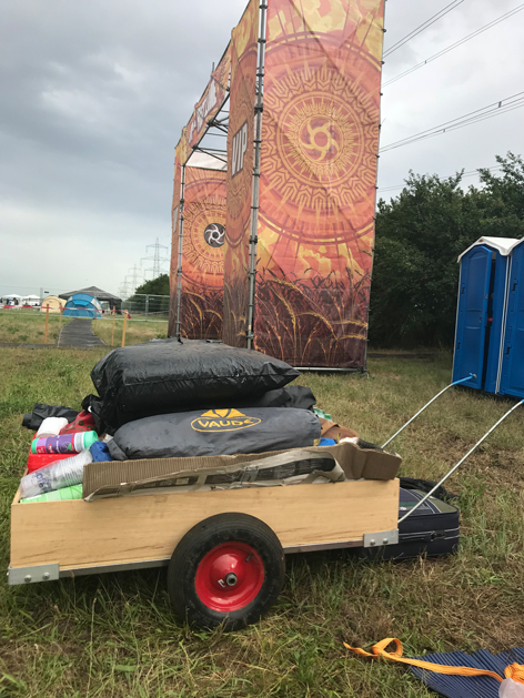 Leiterwagen Nova Rock Campinggelände