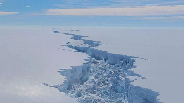 Spalte im Antarktischen Eis