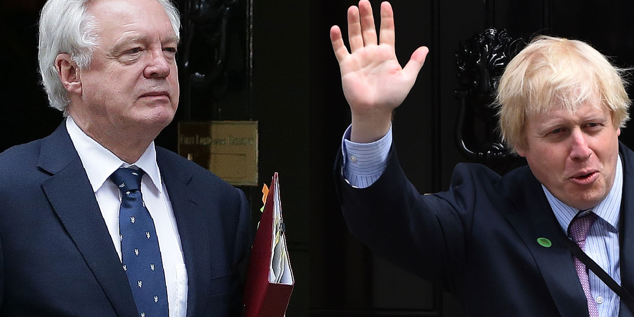 Boris Johnson und David Davis bei ihren Rücktritten