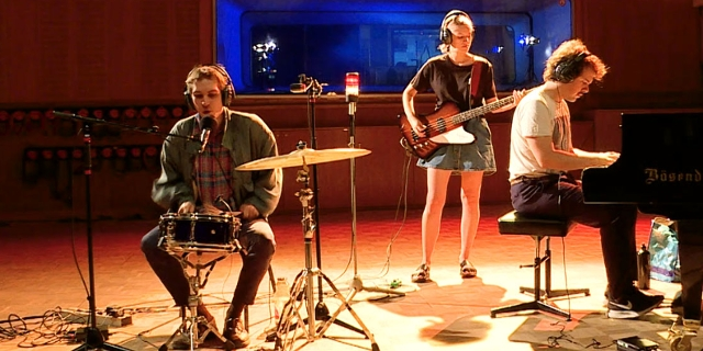 Pauls Jets bei einer FM4 Acoustic Session