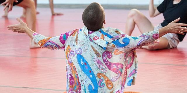 Bilder aus einem Workshop beim Impulstanzfestival