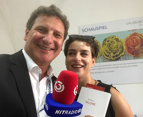 Asmik Grigorian mit Ö3-Reporter Peter Obermüller