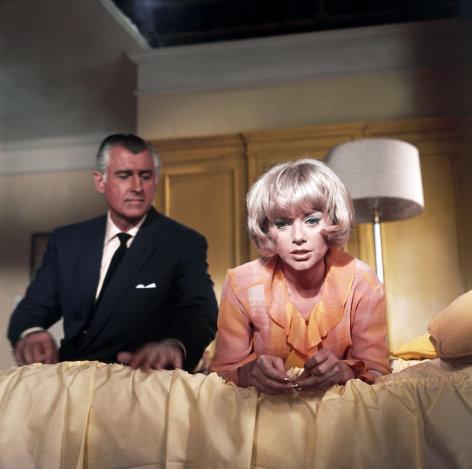 Edgar Wallace: Das Geheimnis der weißen Nonne    Originaltitel: Das Geheimnis der weißen Nonne (DEU/GB 1966), Regie: Cyril Frankel