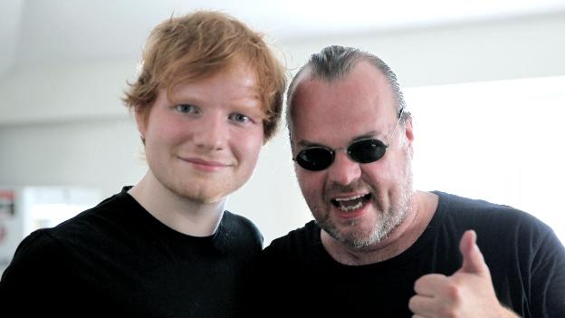 Ed Sheeran und Ö3-Musikredakteur Norbert Ivanek