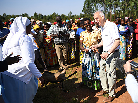 Landau fordert EU-Afrika-Kommissar