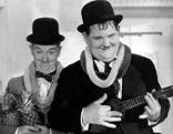 Laurel und Hardy: Die Klotzköpfe  Auf hoher See Die Wüstensöhne