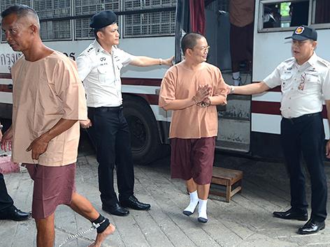 Verhafteter Mönch Wiraphon Sukphon in Thailand