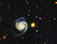 Kosmisches Panorama: Sterne und Galaxien
