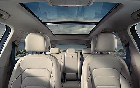Das Panoramadach des VW Tiguan
