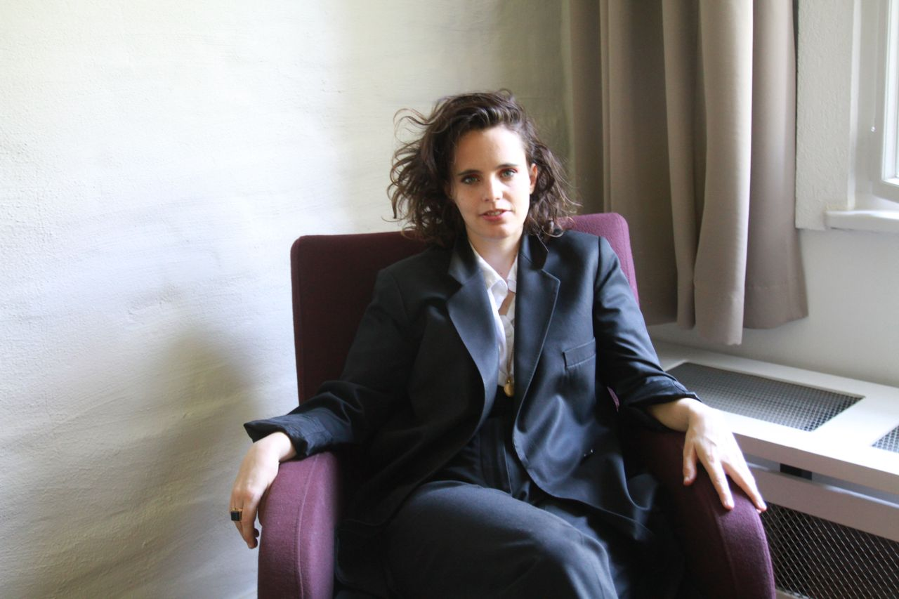 Anna Calvi in Berlin beim FM4-Interview
