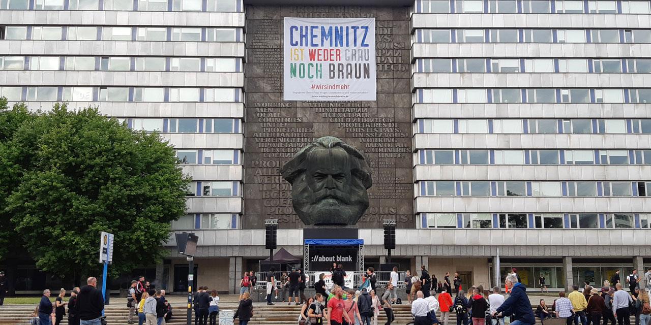 Bilder der #wirsindmehr Demo und Konzerte aus Chemnitz