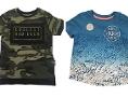 Zwei T-Shirts, die vom Rückruf betroffen sind