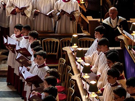 Vatikan bestätigt Ermittlungen in Chor der Sixtina