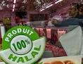 Eingang einer Halal-Fleischerei in Frankreich