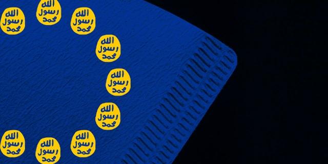 Kaffefilter angelegt an die EU-Fahne mit IS-Logos statt STernen